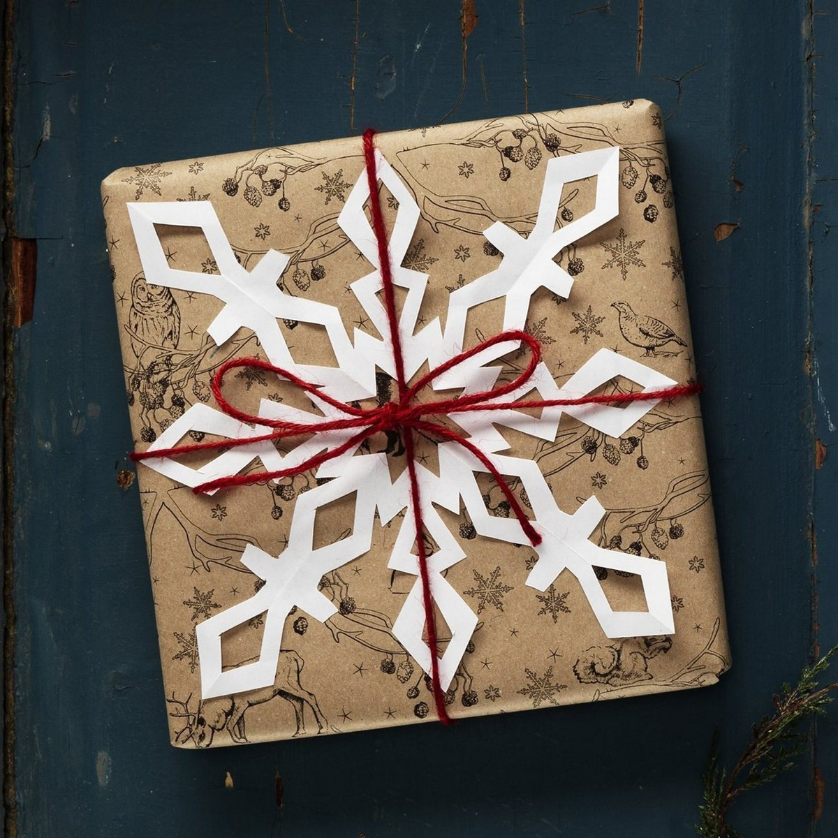 Video tip 2: Christmas gifts with snowflakes