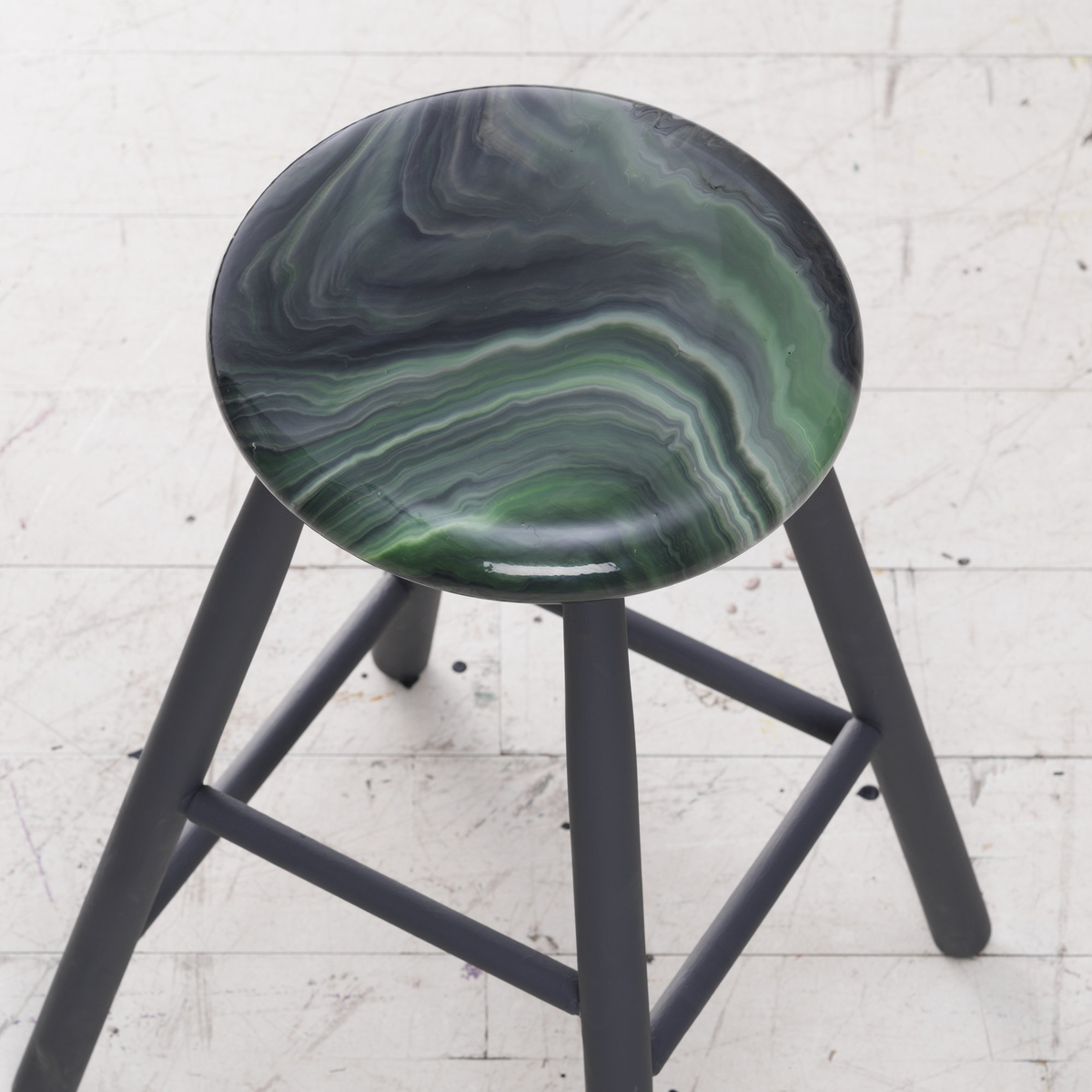 Pour paint on furniture