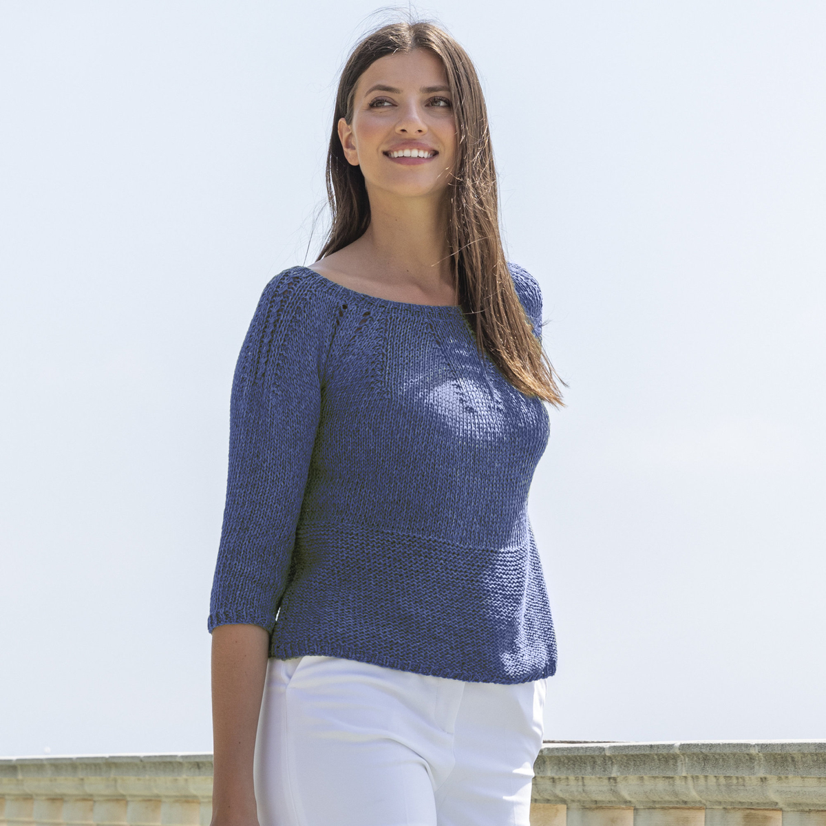 Knit a jumper with three-quarter sleeves