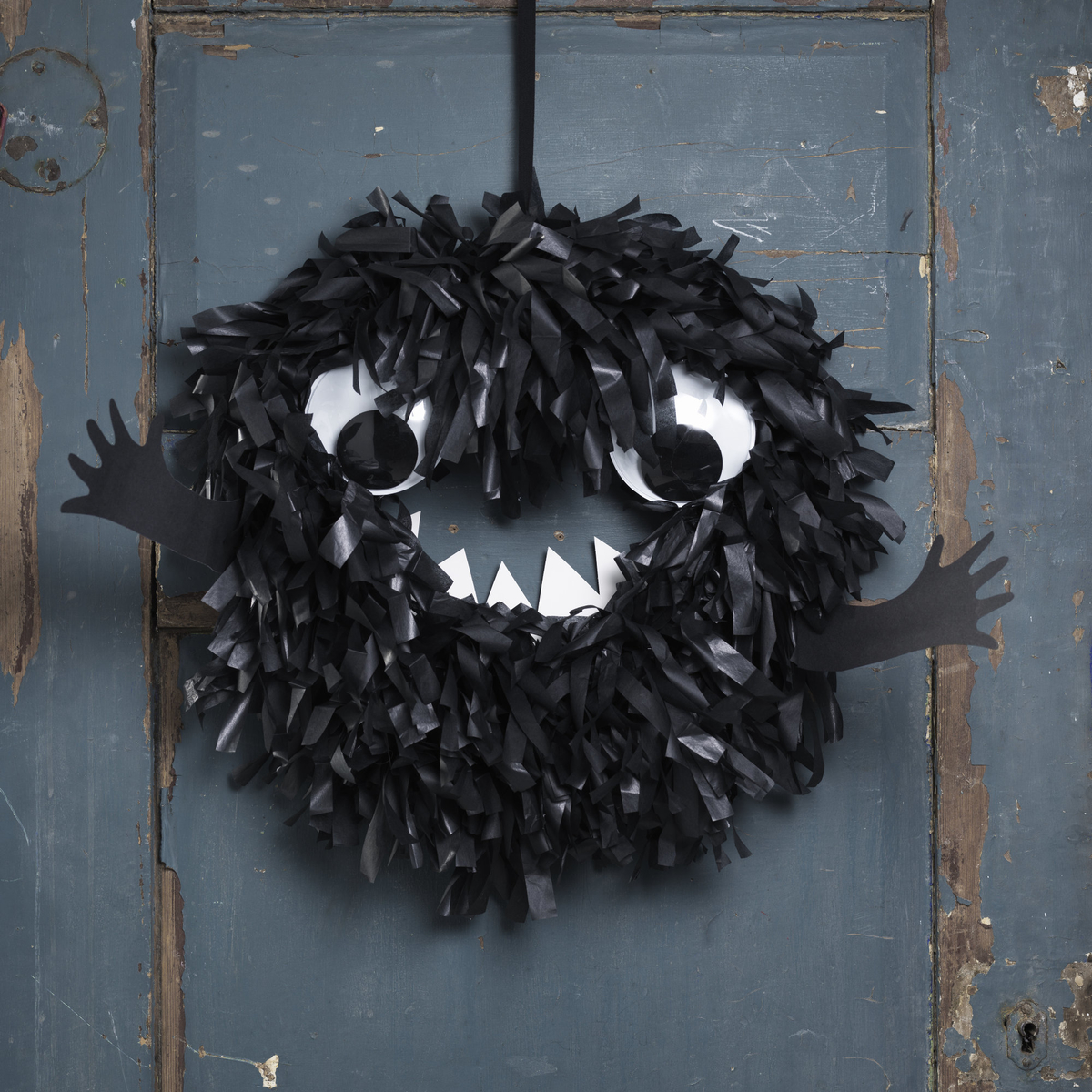 Make a monster wreath for Halloween