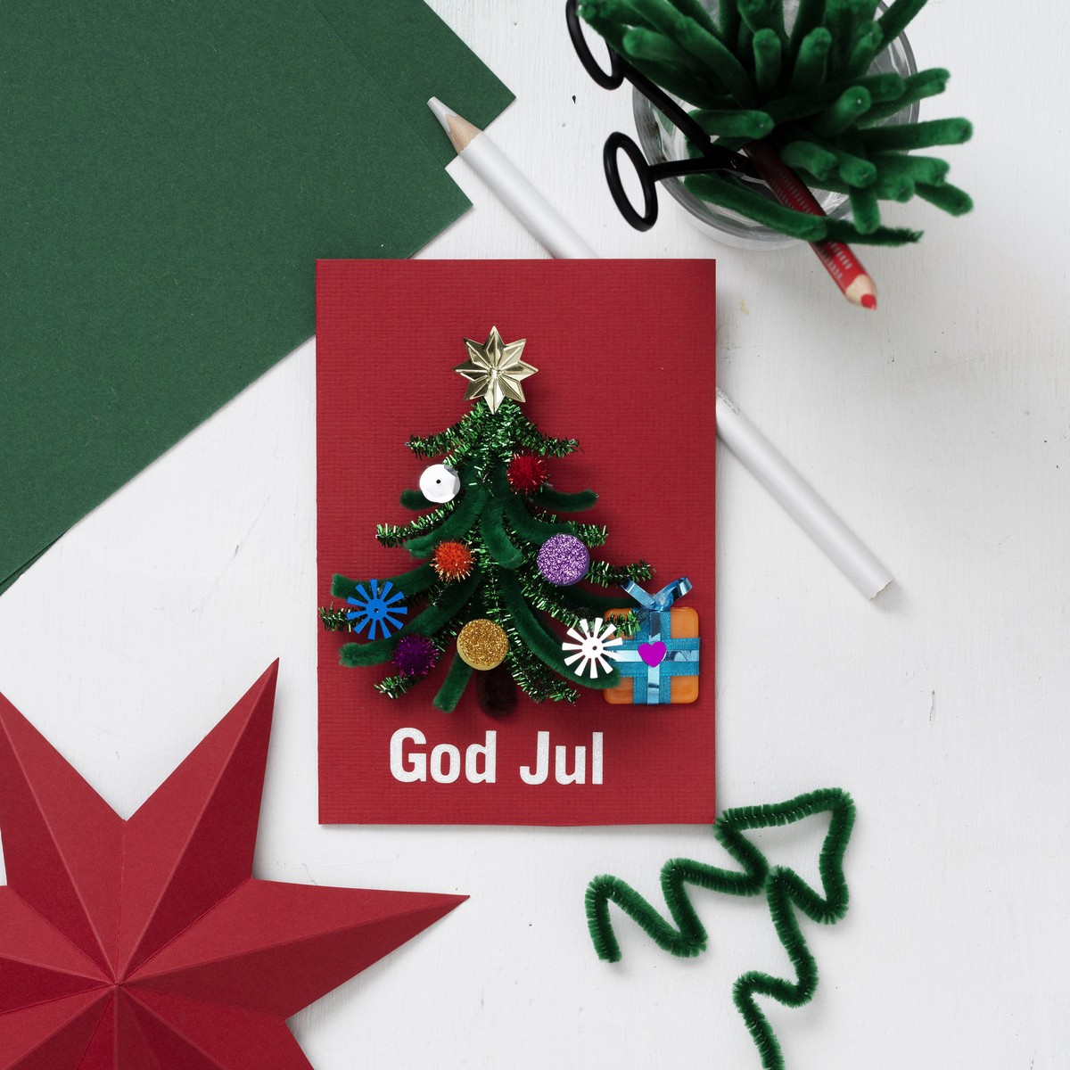 Craft a pipe cleaner Christmas card