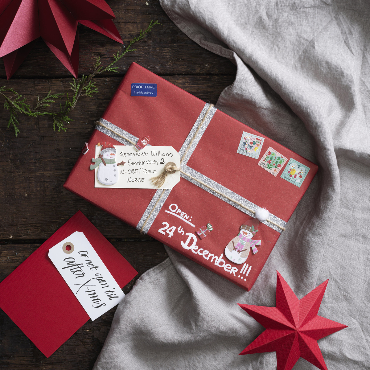 Send beautiful Christmas gifts in the post