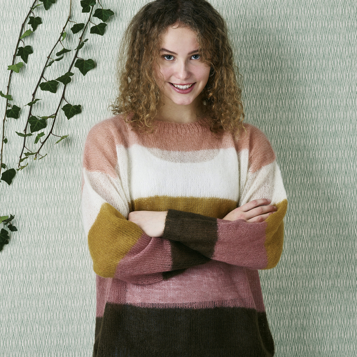Knit an airy jumper