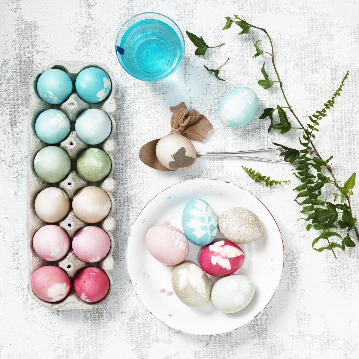 Dye eggs with designs from nature